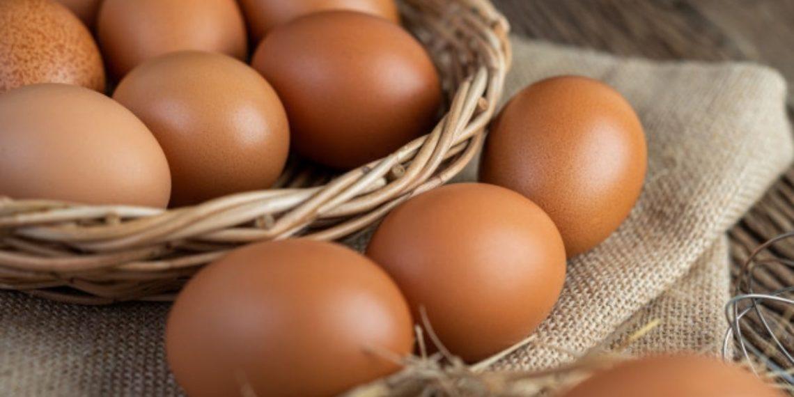 Huevos a 1.800 pesos