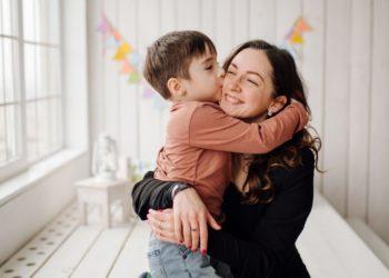 niño leucemia madre