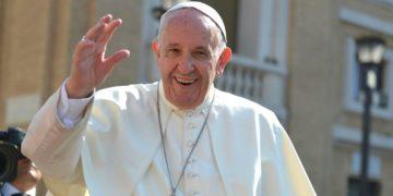 El Papa Francisco no apoya el matrimonio de homosexuales por la Iglesia. Foto: Pixabay