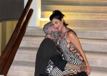 Boda en camino: Kourtney Kardashian y Travis Barker están comprometidos